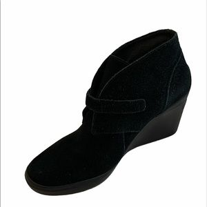 Tsubo  black suede wedges ankle boots size 6.5